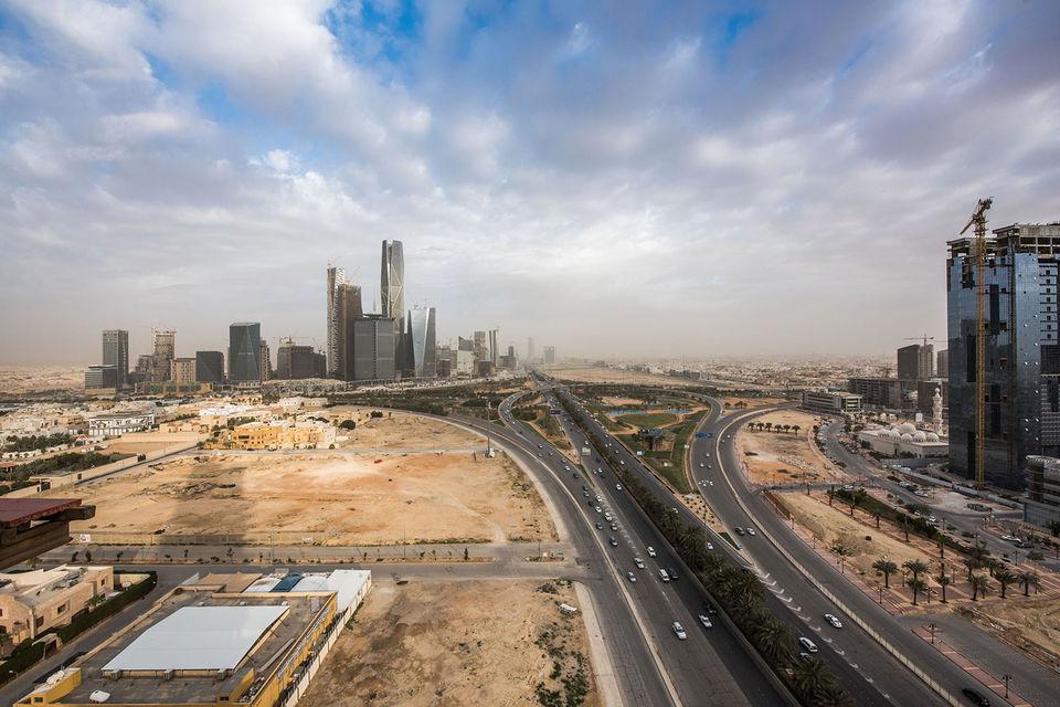 У себя на родине саудовцы научились строить широкие проспекты