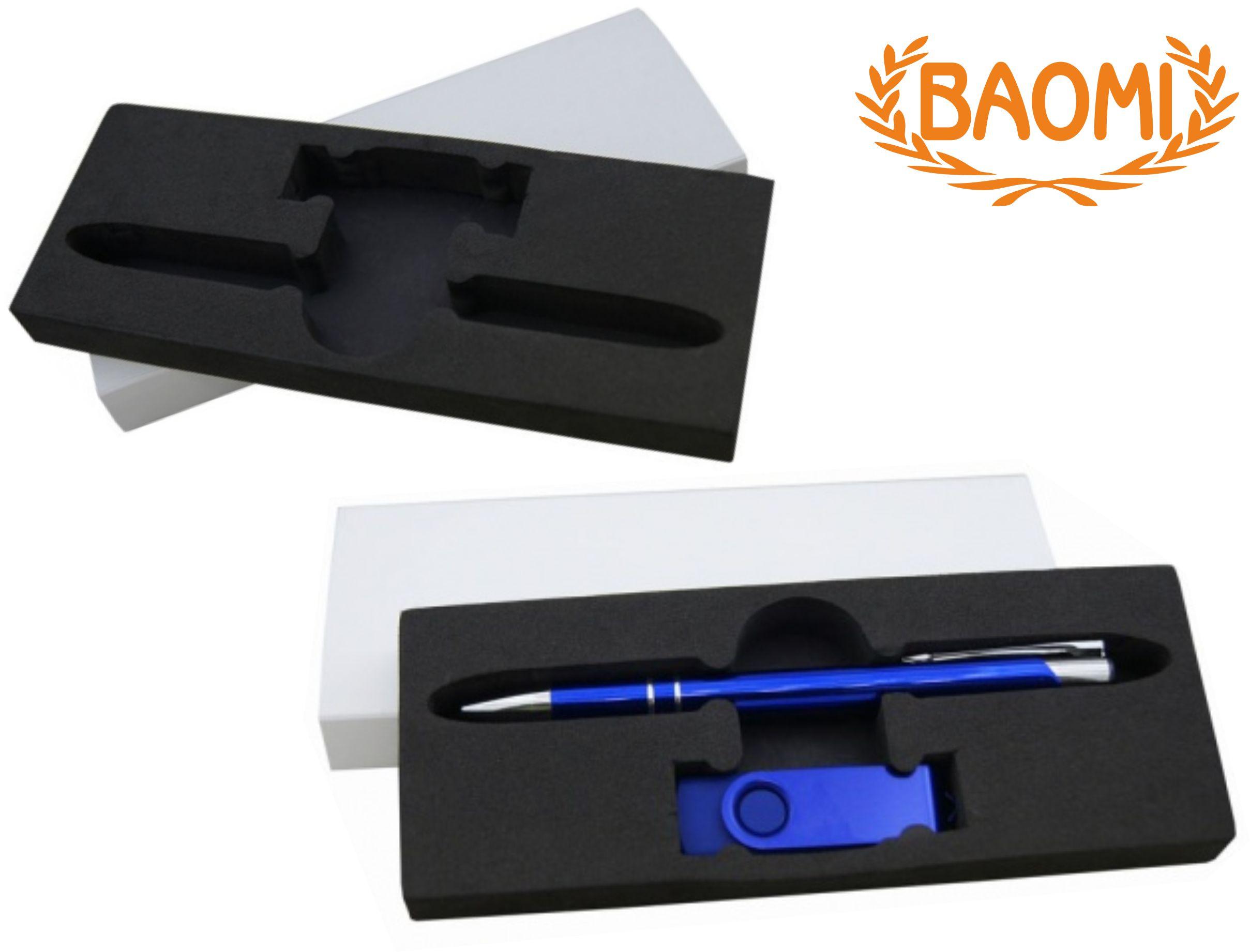 футляр для флешки и ручки