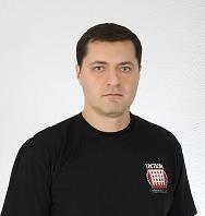 Тренер самообороны крав мага Николай Сысоев