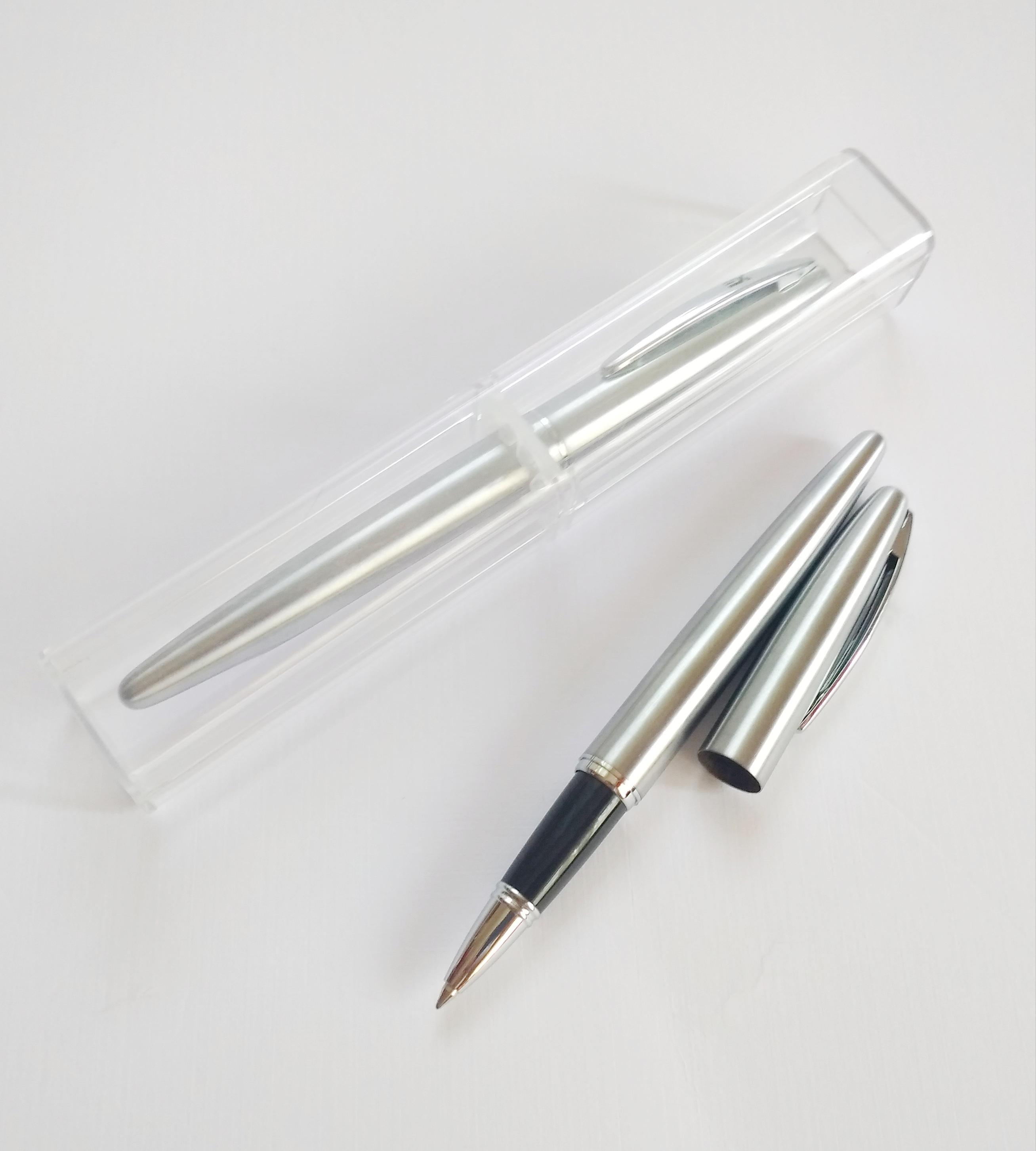 наборы ручек в футляре