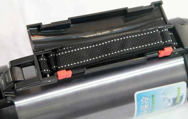 Термос для напитков Metal 1 литр - боковая ручка с ремешком