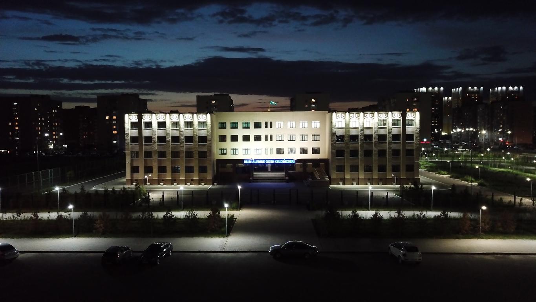 архитектурное освещение школы