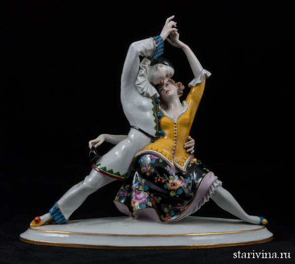 Фарфоровая статуэтка Страстное танго (танец пьеро и коломбины). Volkstedt, Германия, 1915-36 гг.