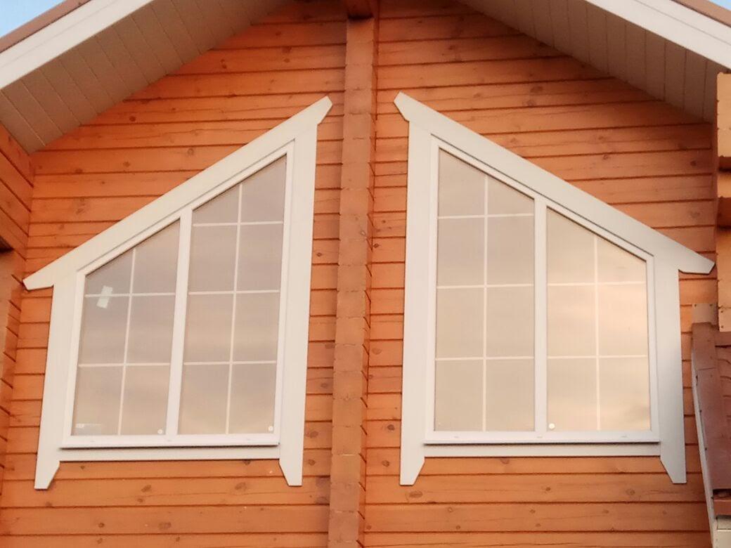 Наличники на скошенных окнах