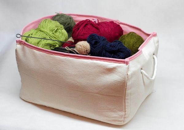 коробка из текстиля для хранения ниток