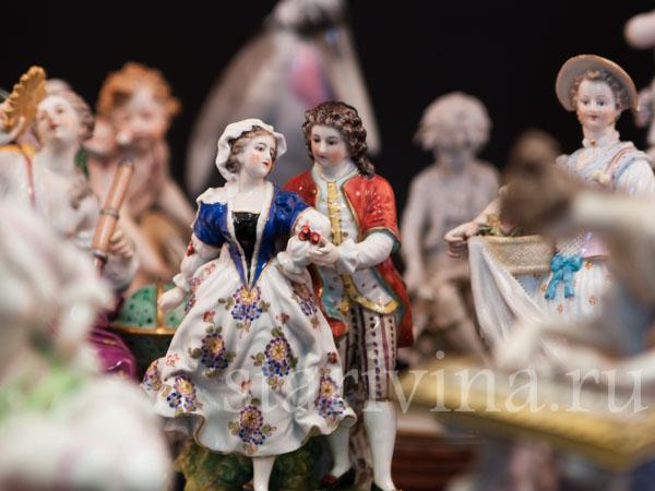 Антикварные фарфоровые статуэтки из Европы фото
