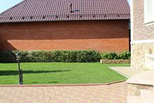 Устройство посевного газона - вид газона после прокладки дренада и посева