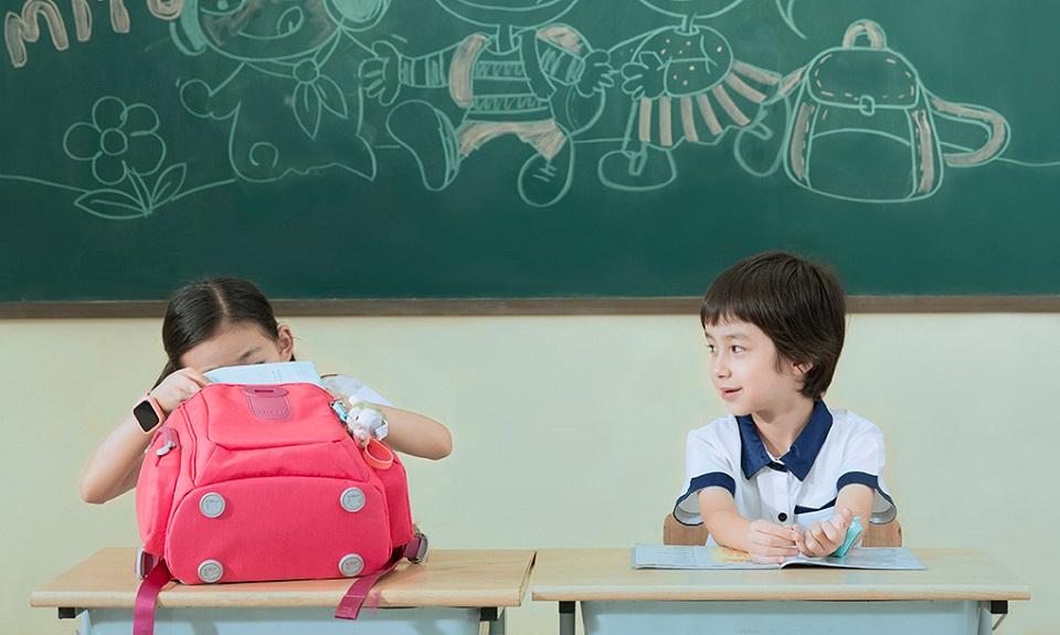 Рюкзак Mi Multi-functional children bag за партой