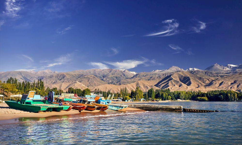 Озеро Иссык Куль фото