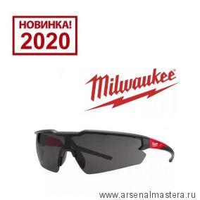 Очки защитные простые затемненные MILWAUKEE 4932471882. Новинка 2020 года!