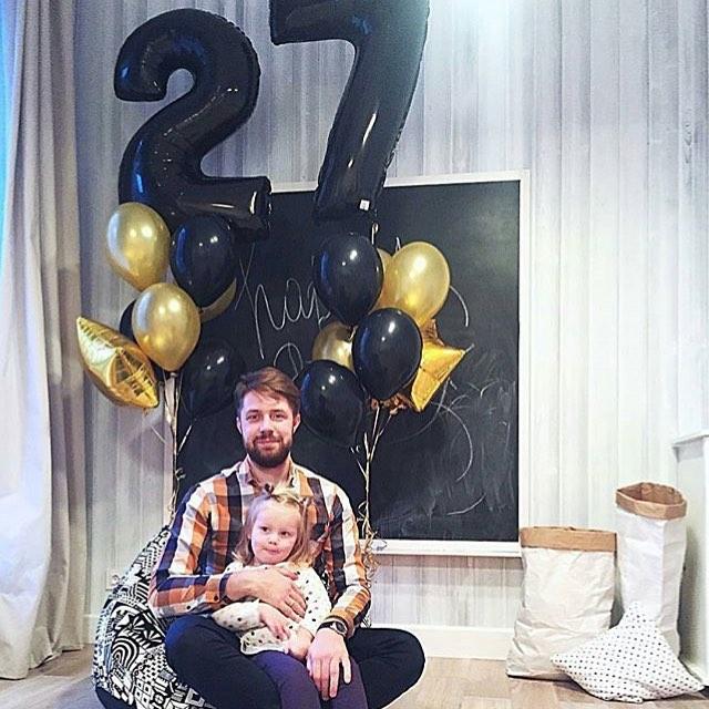 Черные шарики цифры на день рождения