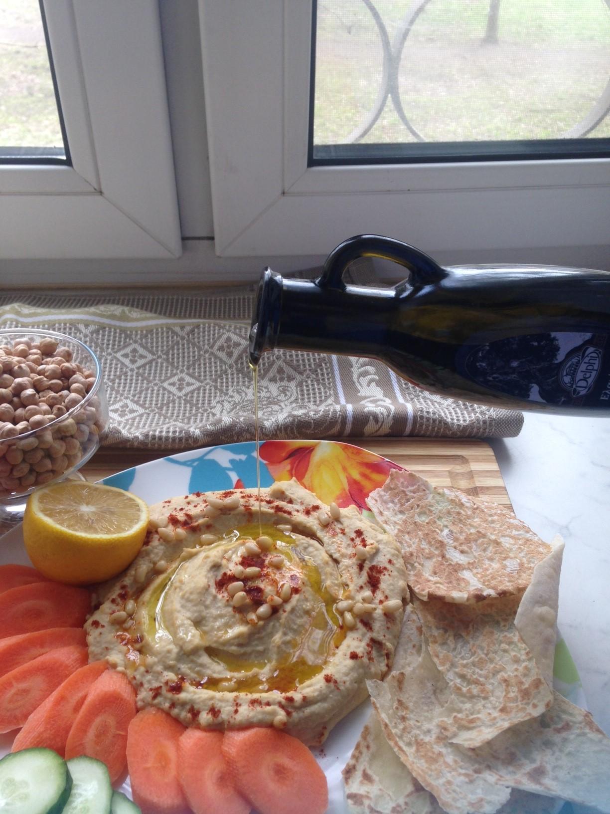 Хумус с кунжутным урбечом