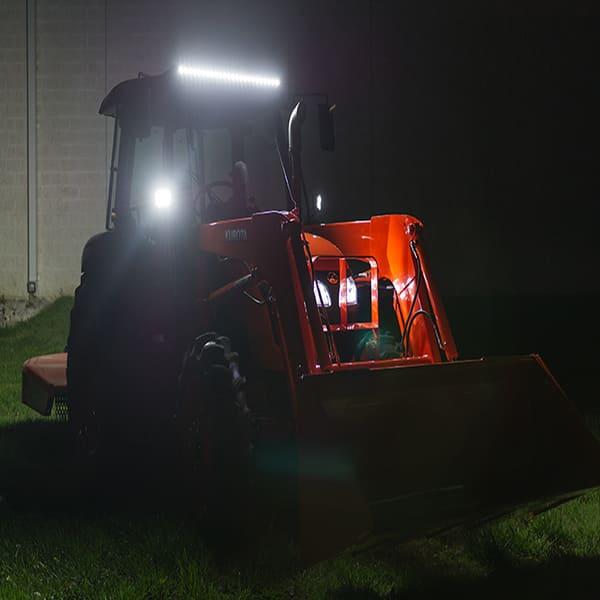 дополнительные светодиодные фары на трактор