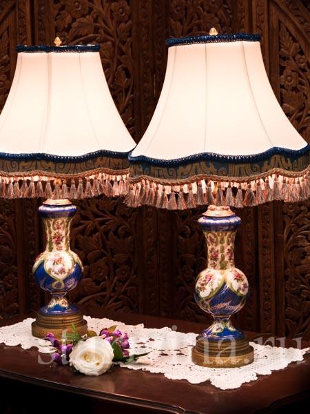 Антикварные фарфоровые лампы и подсвечники фото
