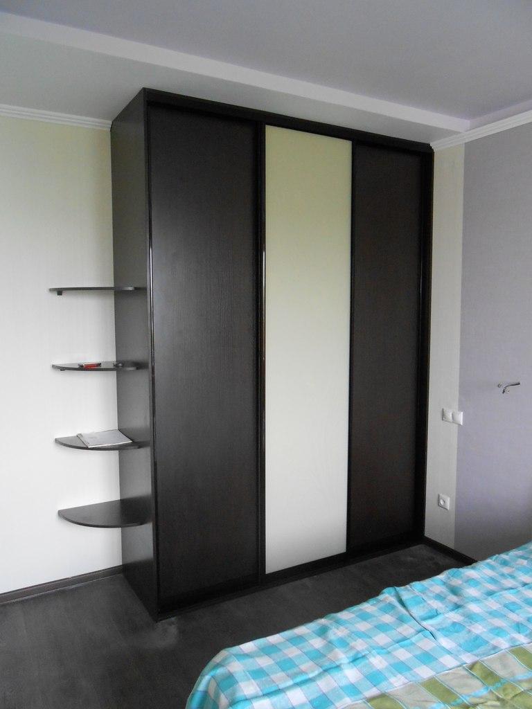 встроенные шкафы на заказ по индивидуальным размерам недорого