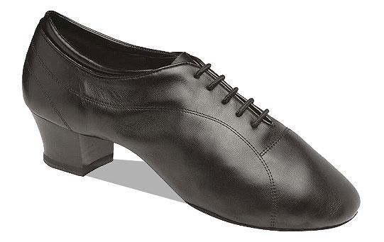 Мужская обувь для Латины